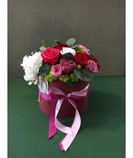 """Шляпная коробка """"Красные розы"""""""