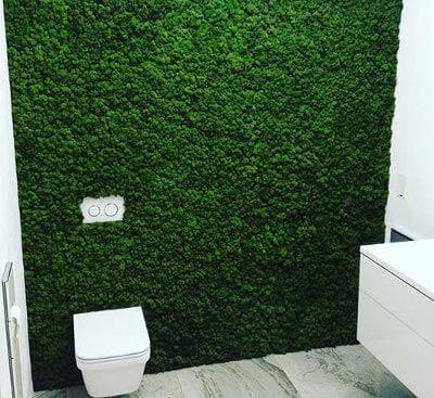 Установка стабилизированного мха в ванной: фото