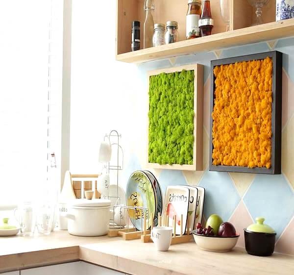 Стабилизированный мох в интерьере кухни
